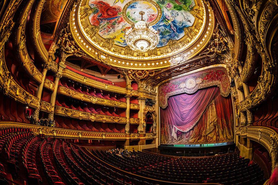 Teto da Opera Garnier, 1964. Paris. (Crédito de imagem: www.idesignarch.com)
