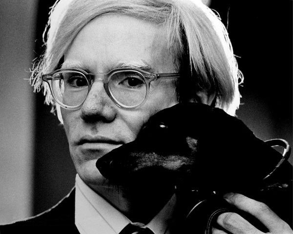 Andy Warhol, entre 1966 e 1977.
