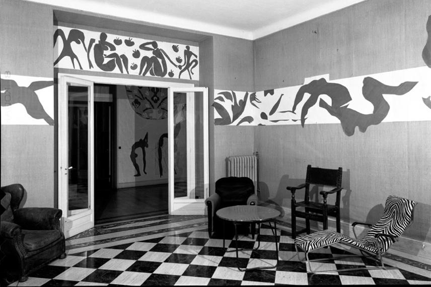 A Piscina, na sala de estar do apartamento do artista, em Nice. https://www.moma.org/interactives/exhibitions/2014/matisse/the-swimming-pool.html